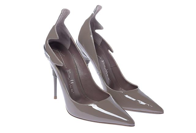 b8f211ad ... inspirując się kulturami całego świata, a buty z logo Baldinini  trafiają do najlepszych butików i stają przedmiotem pożądania każdej  elegantki.
